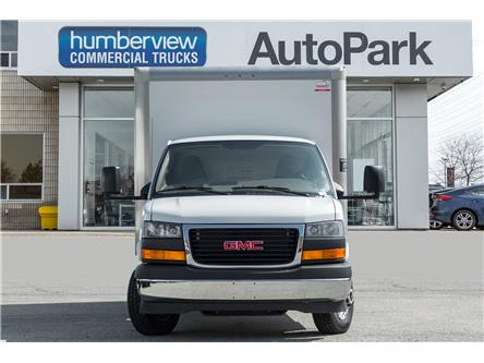 2017 GMC Savana Cutaway 3500 1WT (Stk: ) in Mississauga - Image 2 of 17