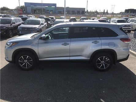 2019 Toyota Highlander XLE (Stk: 190387) in Cochrane - Image 2 of 14