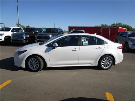 2020 Toyota Corolla XLE (Stk: 208022) in Moose Jaw - Image 2 of 37