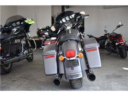 2016 Harley-Davidson FL- STREET GLIDE  (Stk: P36768) in Saskatoon - Image 2 of 7
