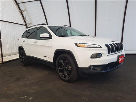 2016 Jeep Cherokee North (Stk: 1915781) in Thunder Bay - Image 1 of 22