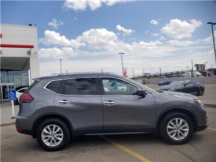 2018 Nissan Rogue SV (Stk: U194252) in Calgary - Image 2 of 28