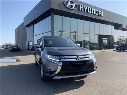 2018 Mitsubishi Outlander ES (Stk: H2446) in Saskatoon - Image 1 of 17