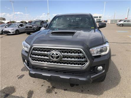 2017 Toyota Tacoma  (Stk: 2900472A) in Calgary - Image 2 of 18