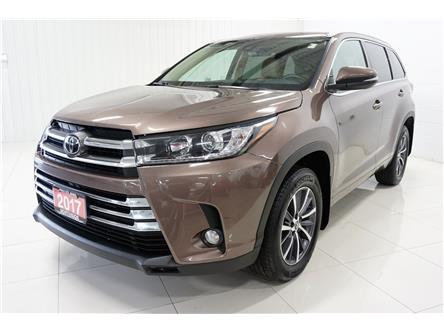 2017 Toyota Highlander XLE (Stk: P5455) in Sault Ste. Marie - Image 1 of 25