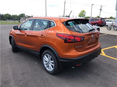 2019 Nissan Qashqai  (Stk: T9265) in Chatham - Image 2 of 17