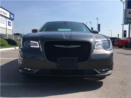 2018 Chrysler 300 S (Stk: 18-15282) in Brampton - Image 2 of 27