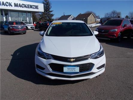 2018 Chevrolet Cruze LT Auto (Stk: 28557) in Renfrew - Image 2 of 10