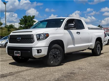 2019 Toyota Tundra SR5 Plus 5.7L V8 (Stk: 95521) in Waterloo - Image 1 of 17