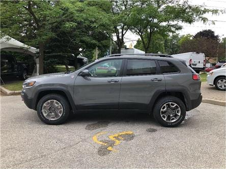 2019 Jeep Cherokee Trailhawk (Stk: 194126) in Toronto - Image 2 of 19