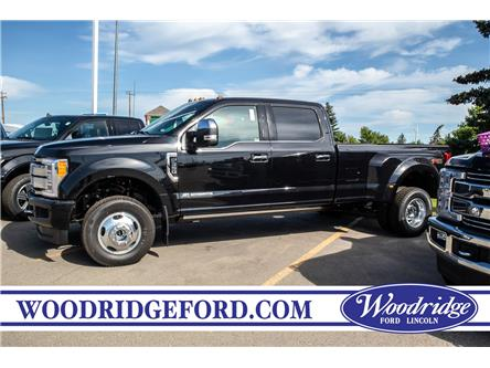 2019 Ford F-350 Platinum (Stk: K-1995) in Calgary - Image 2 of 5