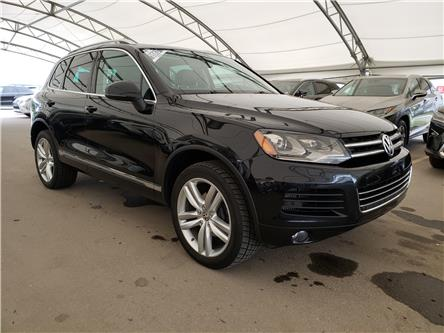 2013 Volkswagen Touareg 3.0 TDI Execline (Stk: L19459A) in Calgary - Image 1 of 25