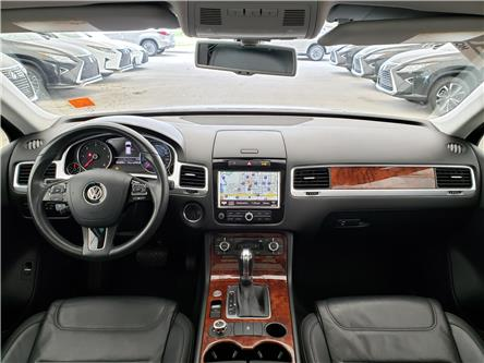 2013 Volkswagen Touareg 3.0 TDI Execline (Stk: L19459A) in Calgary - Image 2 of 25