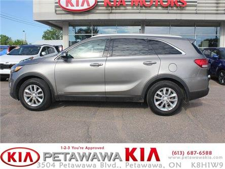 2017 Kia Sorento 2.0L LX Turbo (Stk: 19211-1) in Petawawa - Image 2 of 16