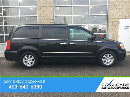 2012 Chrysler Town & Country Touring (Stk: 60097) in Calgary - Image 2 of 23
