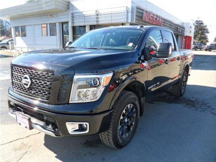 2019 Nissan Titan PRO-4X (Stk: T19210) in Kamloops - Image 1 of 30