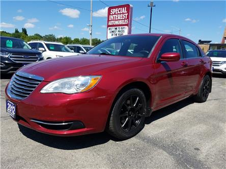 2012 Chrysler 200 LX (Stk: 195849) in Cambridge - Image 1 of 13