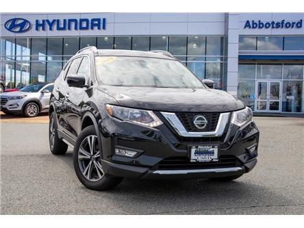 2019 Nissan Rogue SV (Stk: AH8893) in Abbotsford - Image 1 of 26