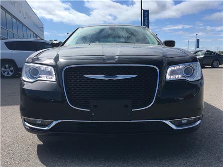2018 Chrysler 300 Touring (Stk: 18-99450RJB) in Barrie - Image 2 of 23