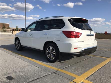 2019 Nissan Pathfinder SV Tech (Stk: P0355) in Calgary - Image 2 of 26