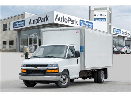 2017 Chevrolet Express Cutaway 4500 2WT (Stk: 17-157845) in Mississauga - Image 1 of 15
