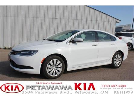 2016 Chrysler 200 LX (Stk: P0032) in Petawawa - Image 1 of 19