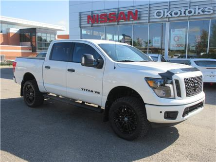 2019 Nissan Titan SL Midnight Edition (Stk: 9076) in Okotoks - Image 1 of 26