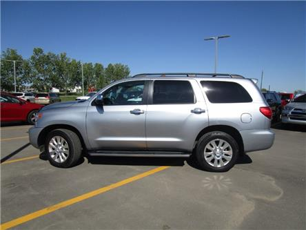 2011 Toyota Sequoia Platinum 5.7L V8 (Stk: 1991561) in Moose Jaw - Image 2 of 41