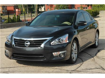 2013 Nissan Altima 3.5 SL (Stk: 1907290) in Waterloo - Image 1 of 28