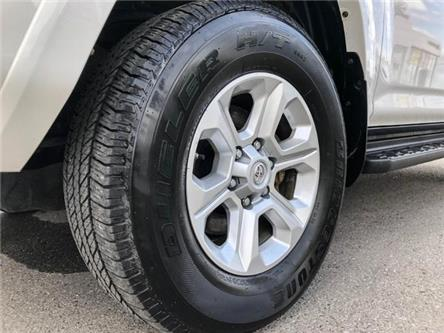 2018 Toyota 4Runner SR5 (Stk: W4808) in Cobourg - Image 2 of 24