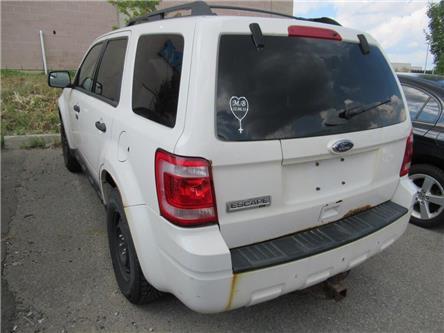 2011 Ford Escape XLT, HEAT/AC (Stk: B39930T) in Brampton - Image 2 of 12