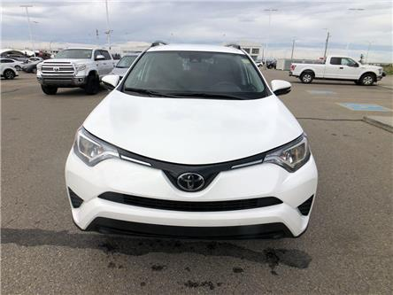 2018 Toyota RAV4 LE (Stk: 2020201A) in Calgary - Image 2 of 16