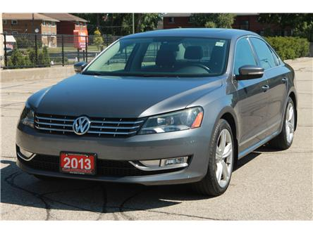 2013 Volkswagen Passat 2.5L Highline (Stk: 1908355) in Waterloo - Image 1 of 28