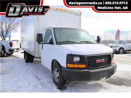 2014 GMC Savana Cutaway 3500 1WT (Stk: 173540) in Medicine Hat - Image 1 of 21