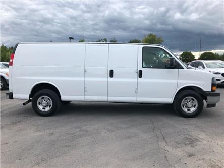 2019 Chevrolet Express 2500 Work Van (Stk: B2198) in Cornwall - Image 2 of 18