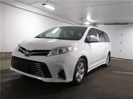 2019 Toyota Sienna 7-Passenger (Stk: F170879) in Regina - Image 2 of 39