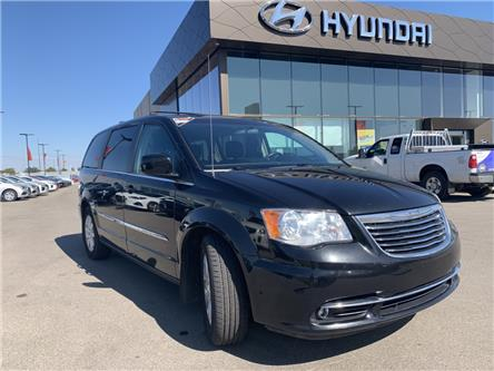 2015 Chrysler Town & Country Touring (Stk: H2447A) in Saskatoon - Image 1 of 16