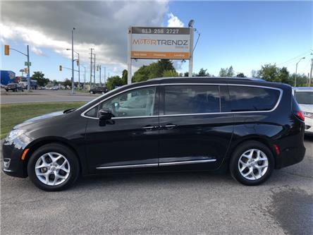2018 Chrysler Pacifica Touring-L Plus (Stk: -) in Kemptville - Image 2 of 30