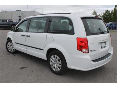 2017 Dodge Grand Caravan CVP/SXT (Stk: 879733) in Carleton Place - Image 2 of 19