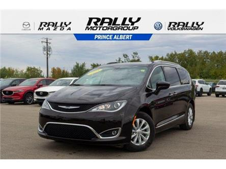 2018 Chrysler Pacifica Touring-L (Stk: 19135A) in Prince Albert - Image 1 of 11