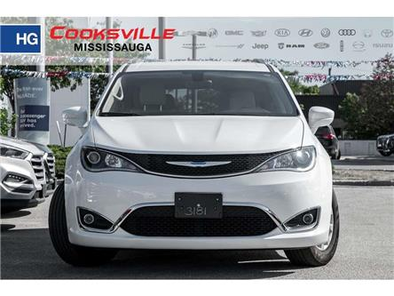 2018 Chrysler Pacifica Touring-L Plus (Stk: 8046P) in Mississauga - Image 2 of 18