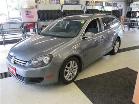 2010 Volkswagen Golf 2.5L Comfortline (Stk: 208732) in Gloucester - Image 1 of 18