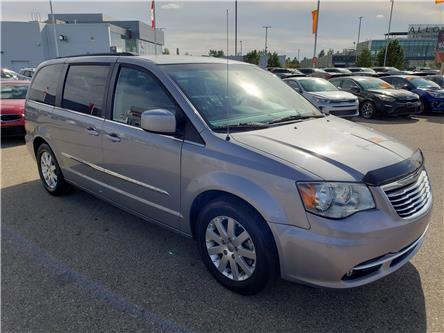 2014 Chrysler Town & Country Touring (Stk: P4582) in Saskatoon - Image 2 of 29