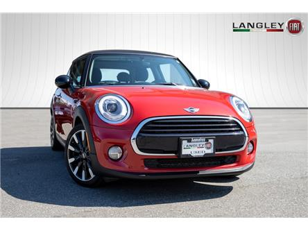 2017 MINI 3 Door Cooper (Stk: LF3819A) in Surrey - Image 1 of 18
