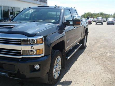 2017 Chevrolet Silverado 2500HD High Country (Stk: 19T158A) in Wadena - Image 2 of 12