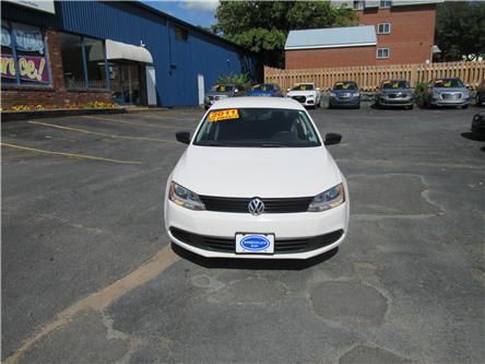 2011 Volkswagen Jetta 2.0L Trendline+ (Stk: 063385) in Dartmouth - Image 2 of 18