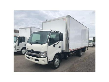 2016 Hino 195 SOLD!Used 2016 Hino 195 With 20' Body & Tailgate (Stk: ST1001189T) in Toronto - Image 1 of 18