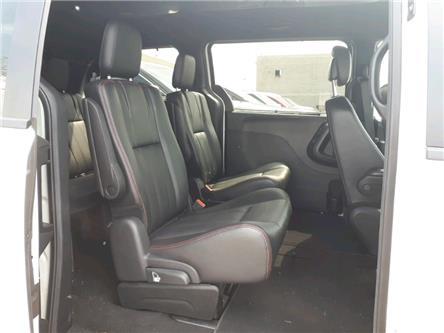 2017 Dodge Grand Caravan GT (Stk: HR826449) in Sarnia - Image 2 of 7