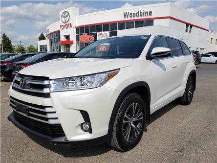 2018 Toyota Highlander LE (Stk: P6949) in Etobicoke - Image 1 of 23