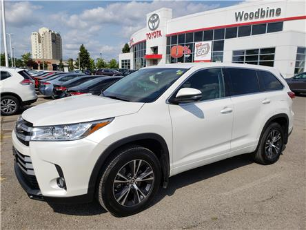 2018 Toyota Highlander LE (Stk: P6949) in Etobicoke - Image 2 of 23